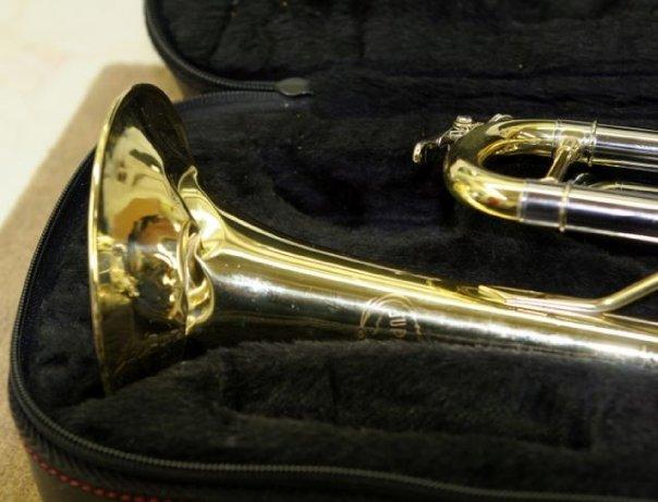 trumpetbell1