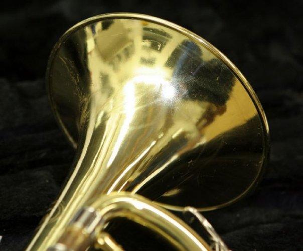 trumpetbell4